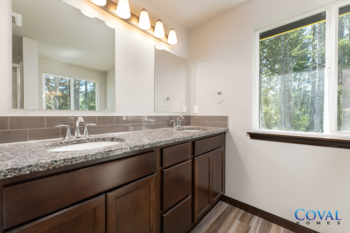 Coval Beachcrest - 1156 SqFt - 1 Bed - 1 Bath - 1-Story